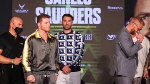Saunder no saludó a Canelo en la conferencia de prensa