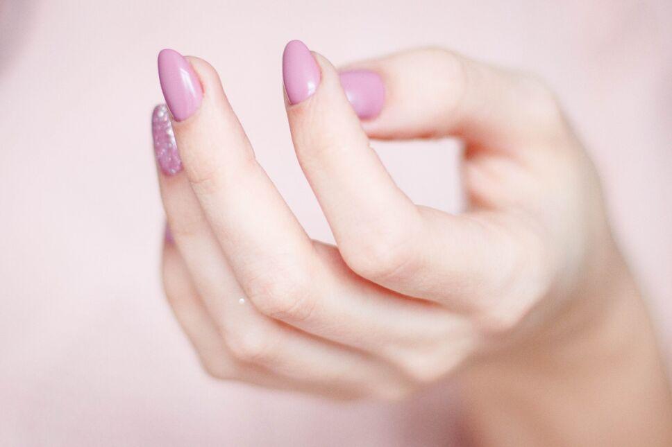Efectos de tronarse los dedos