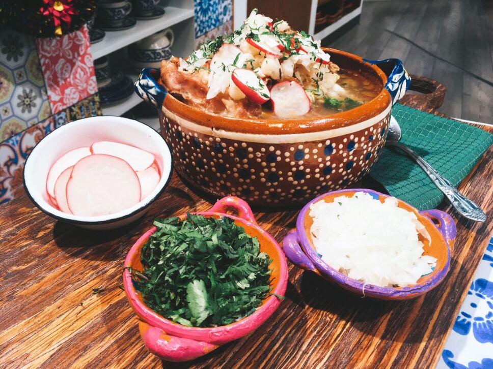 Gallina pinta, cocineros mexicanos
