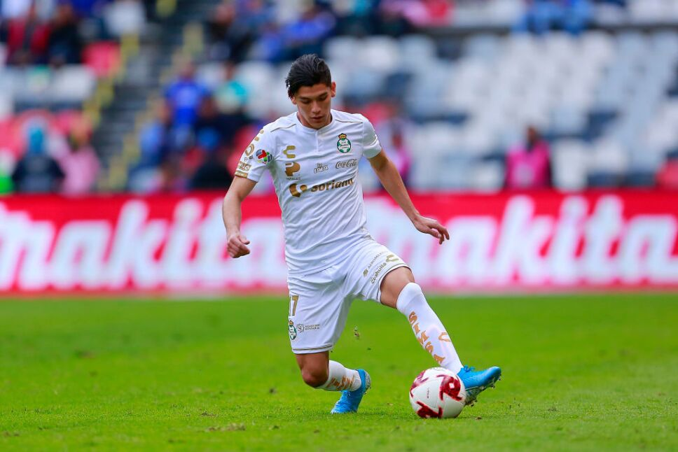 Gerardo Arteaga jugará en el ex equipo de Kevin de Bruyne, Thibaut Courtois y otras figuras