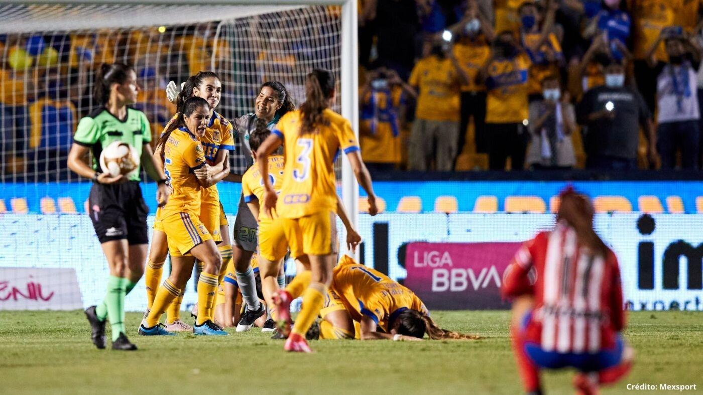 14 tigres vs chivas final liga mx femenil 2021.jpg