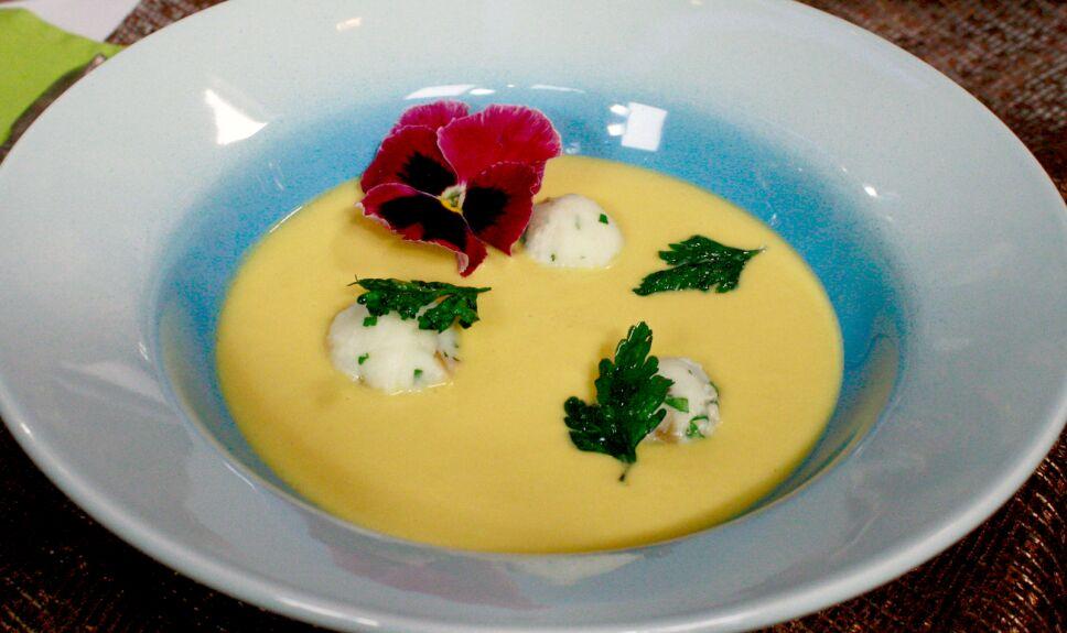 Sopa cremosa de coliflor