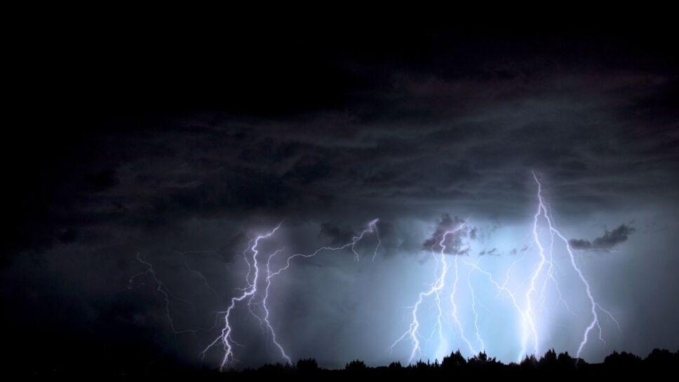 Drones, electricidad, lluvia .jpg