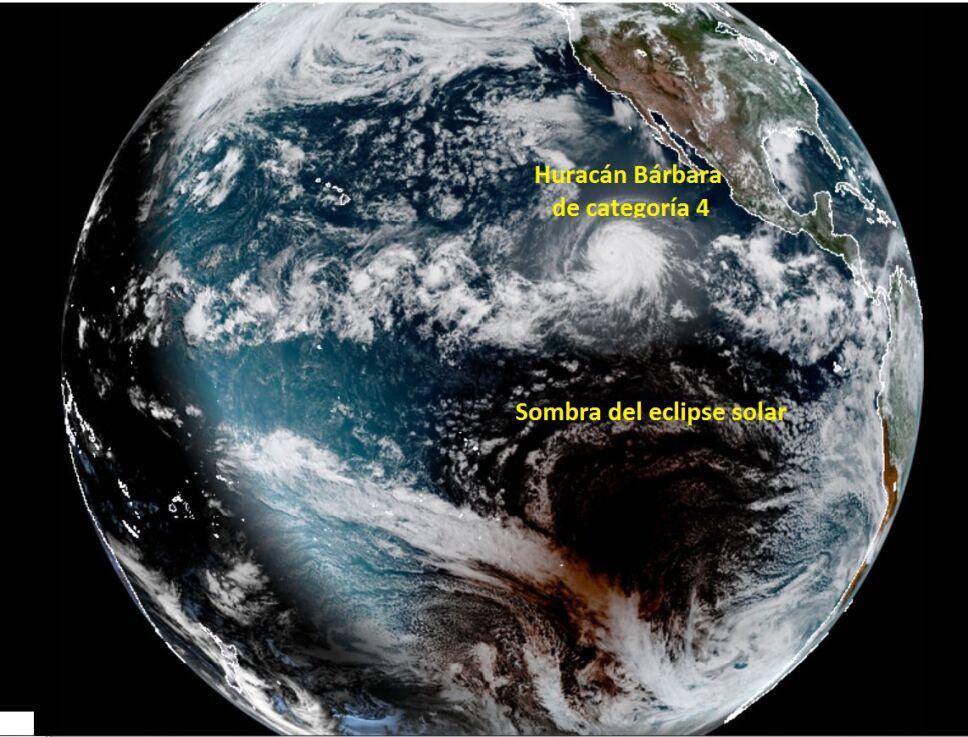 Así se ven el huracán Bárbara y eclipse de Sol desde el satélite Goes 17