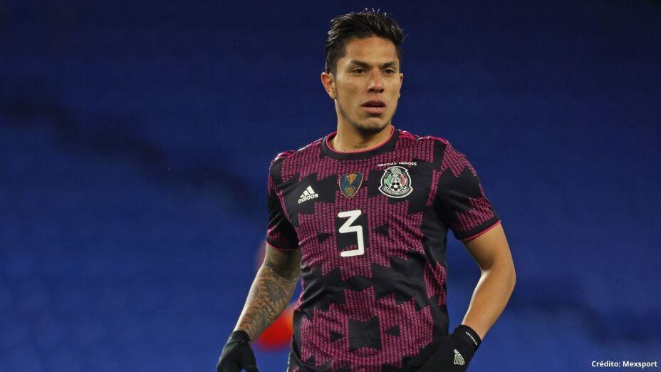 5 mexicanos Europa League carlos salcedo.jpg
