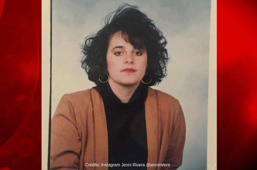 Ella es Dolores Janney Rivera Saavedra, mejor conocida como Jenni Rivera.
