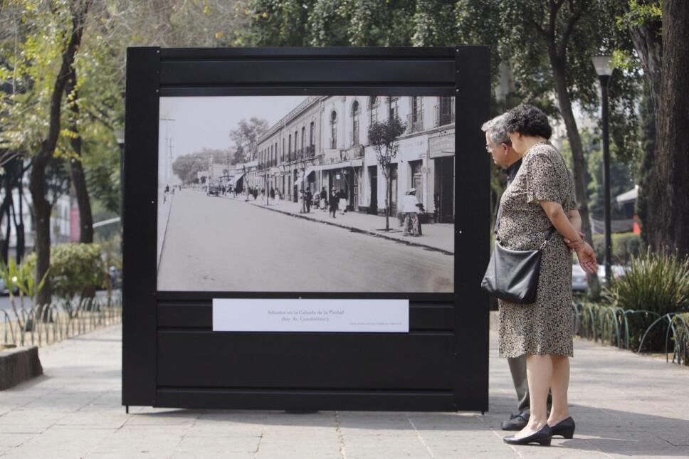 Pareja de la tercera edad en la Roma/ Foto: 13 Producciones