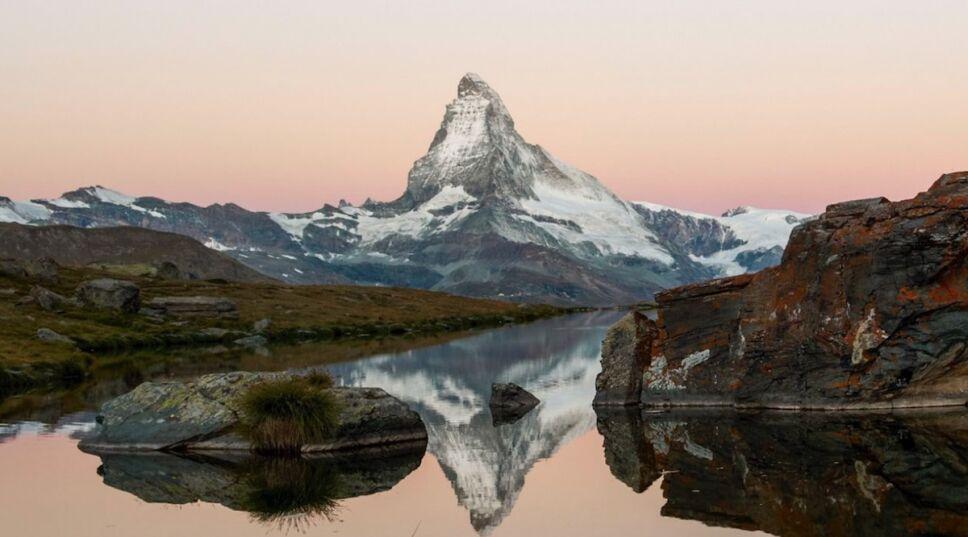 El mundo fantástico que se esconde entre las montañas de Suiza