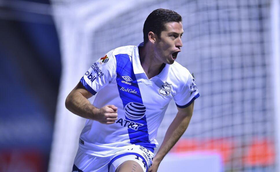 Santiago Ormeño, goleador del Puebla