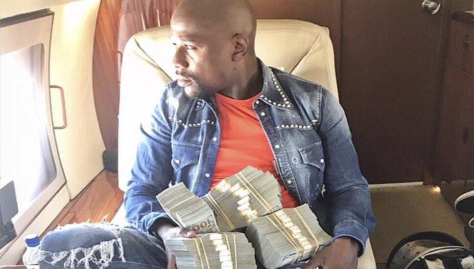 dinero de mayweather