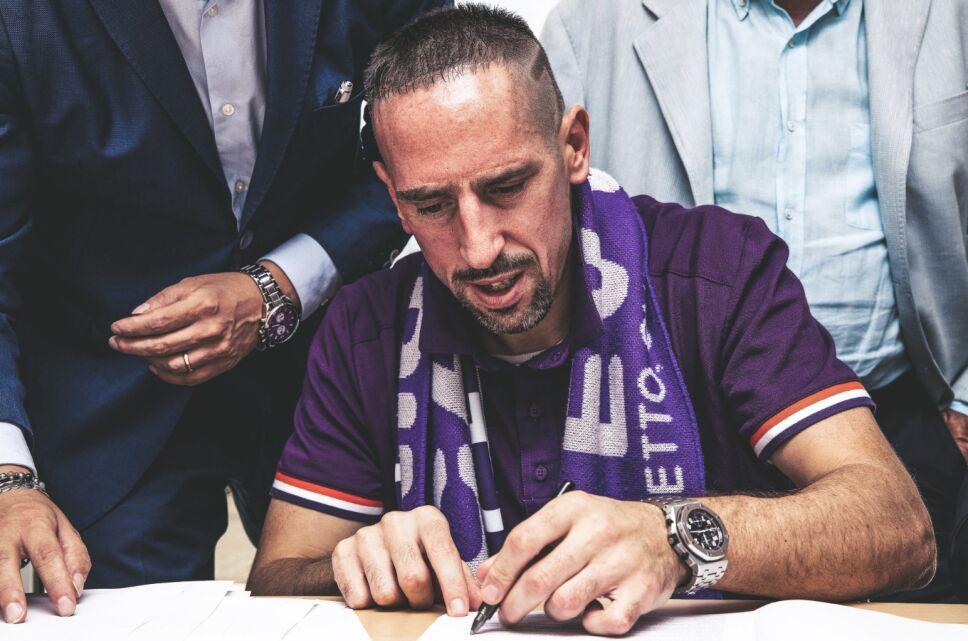 Ribéry firma su nuevo contrato.