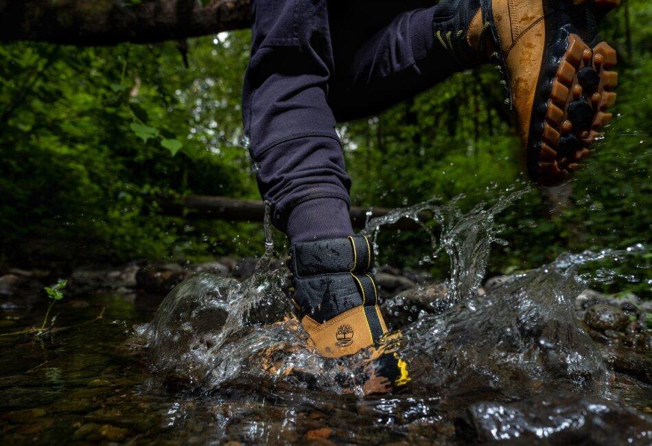 Este calzado está diseñado para cualquier clima y lugar.
