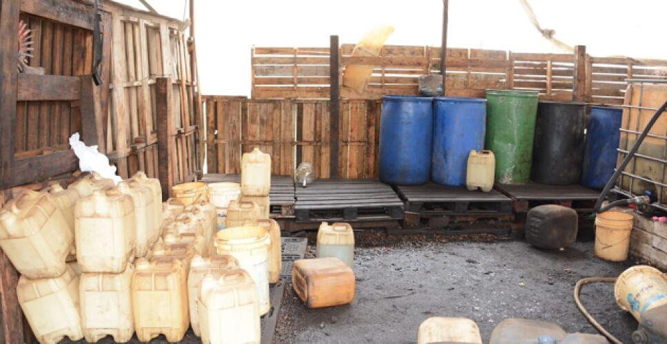 Bidones 78 mil litros de hidrocarburos combustible