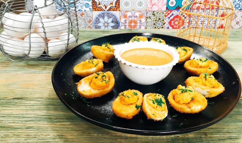 Receta Huevos endiablados Cocineros Mexicanos