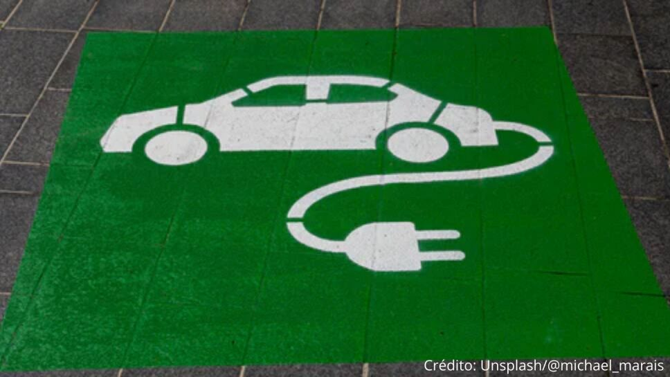 Gasolineras en la India deberán contar con al menos una estación de carga para vehículos eléctricos