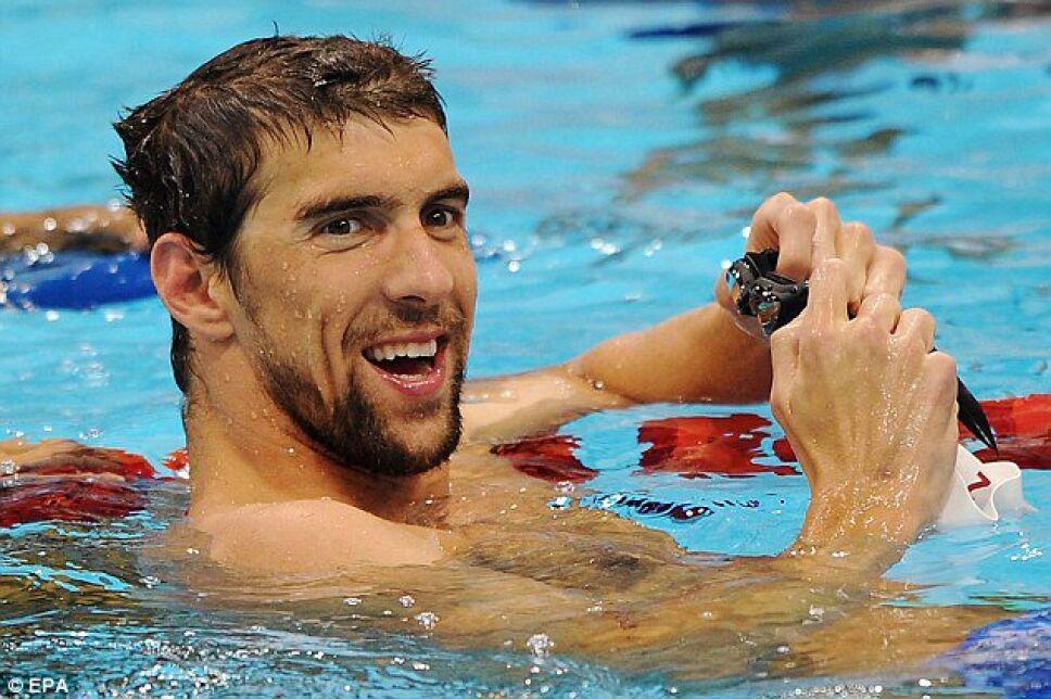 Foto: Especial / Michael Phelps terminando una carrera de nado