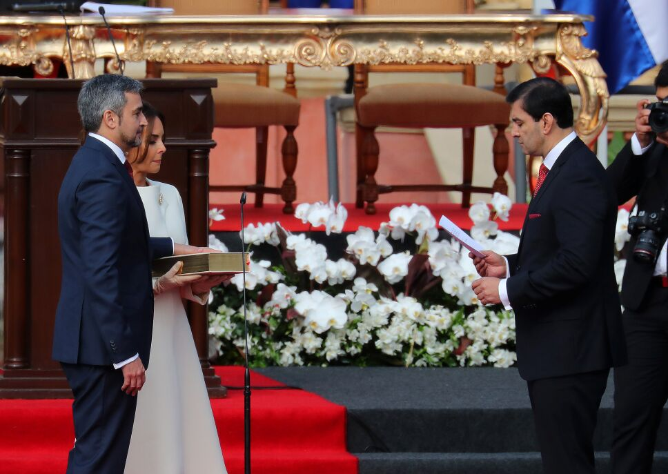 Mario Abdo asume como nuevo presidente de Paraguay