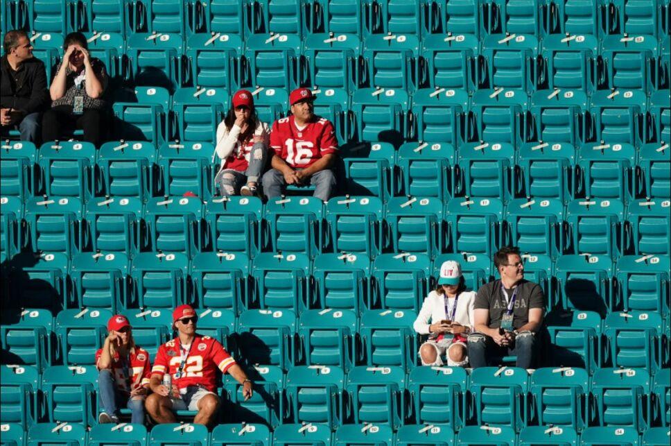 NFL COVID.jpg