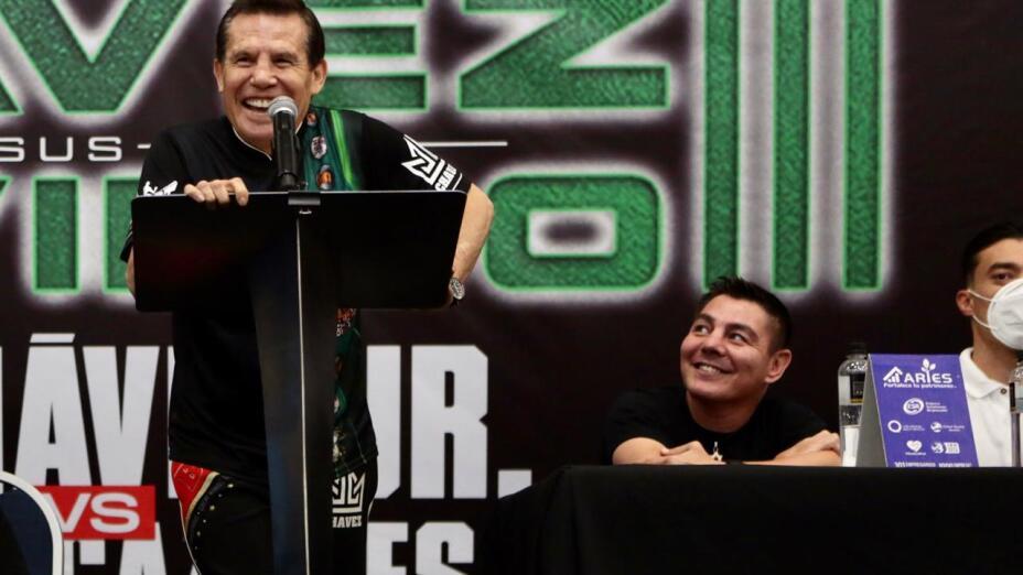 "Julio César Chávez vs Jorge ""Travieso"" Arce"