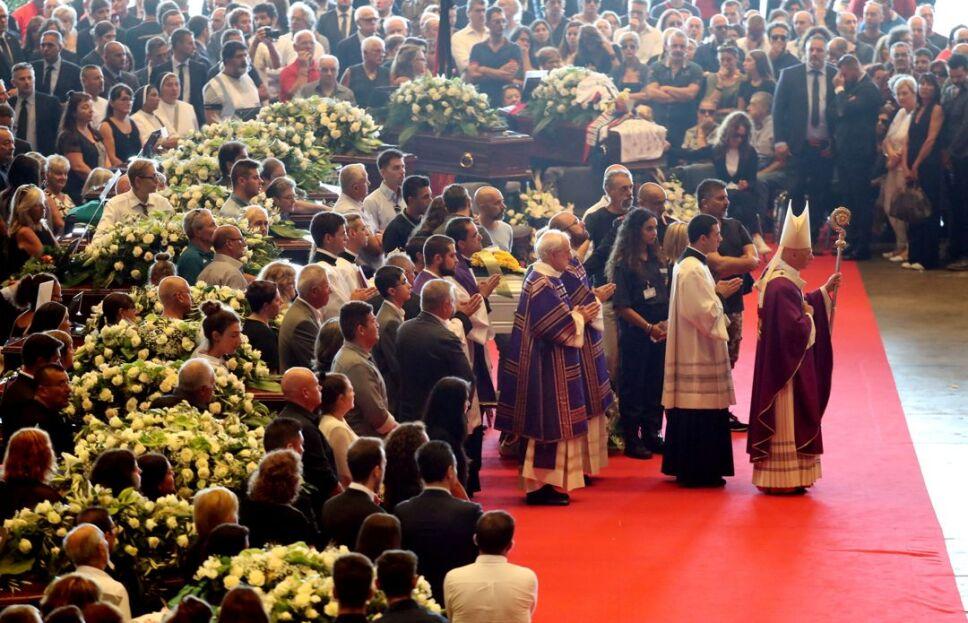 funeral italia victimas