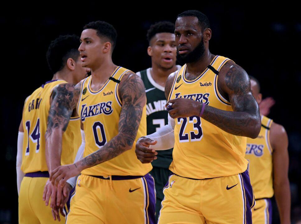 4.- Los eternos odiados de la NBA, los Lakers son cuartos: $4.4 billones de dólares.
