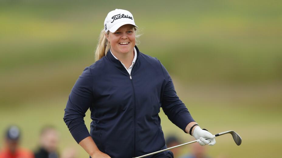 Caroline Hedwall es líder del Scandinavian Mixed.