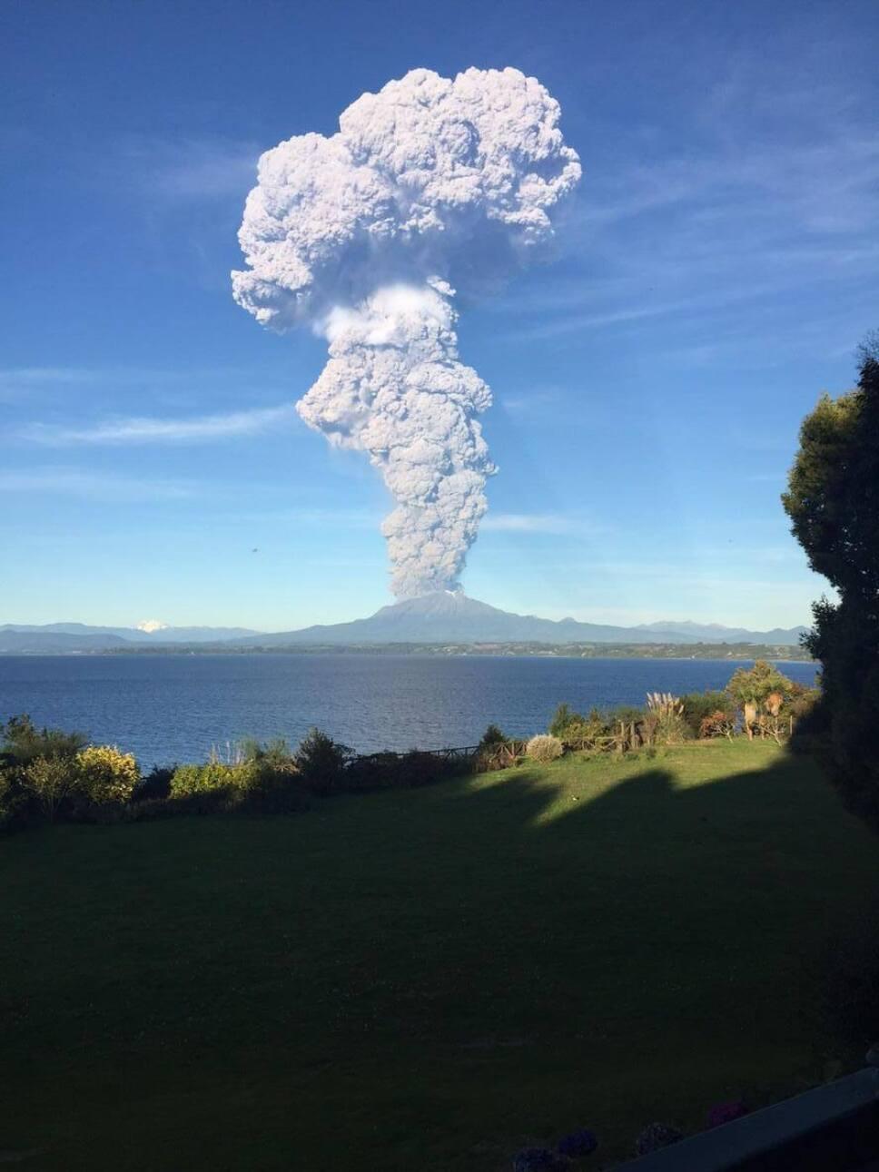Otake, volcán, erupción b.jpg