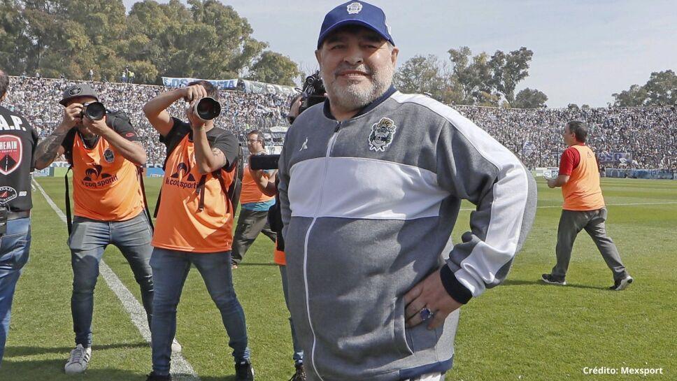 12 Diego Armando Maradona entrenador.jpg
