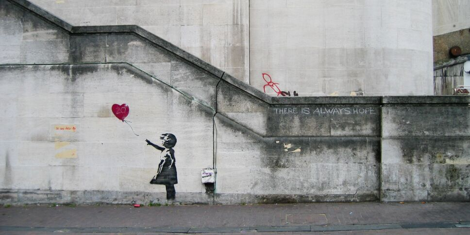 Banksy_Girl_and_Heart_Balloon_(2840632113).jpg