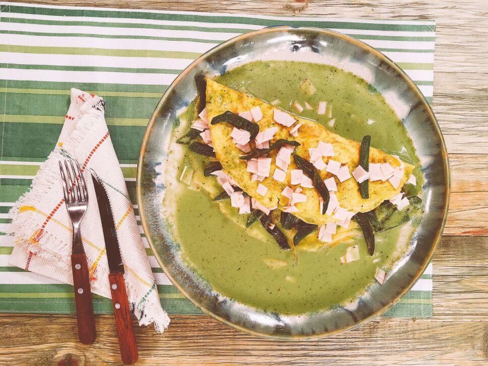 Omelette de pechuga de pollo y rajas, Cocineros mexicanos
