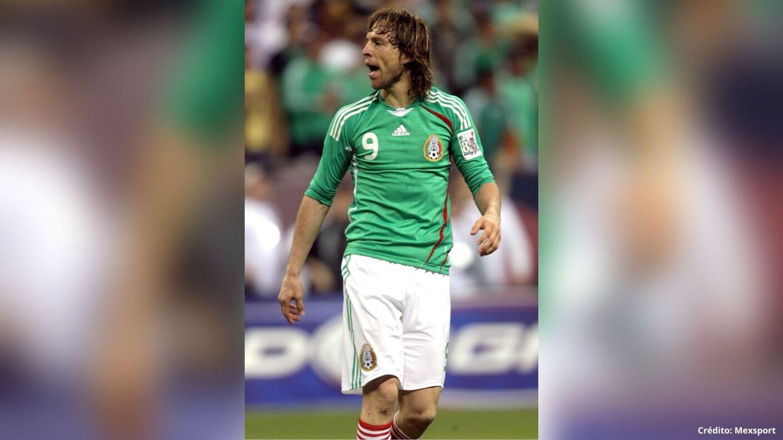 7 futbolistas mexicanos en España delanteros.jpg