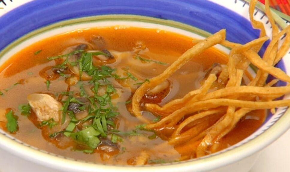 sopa de hongos, que hay de comer