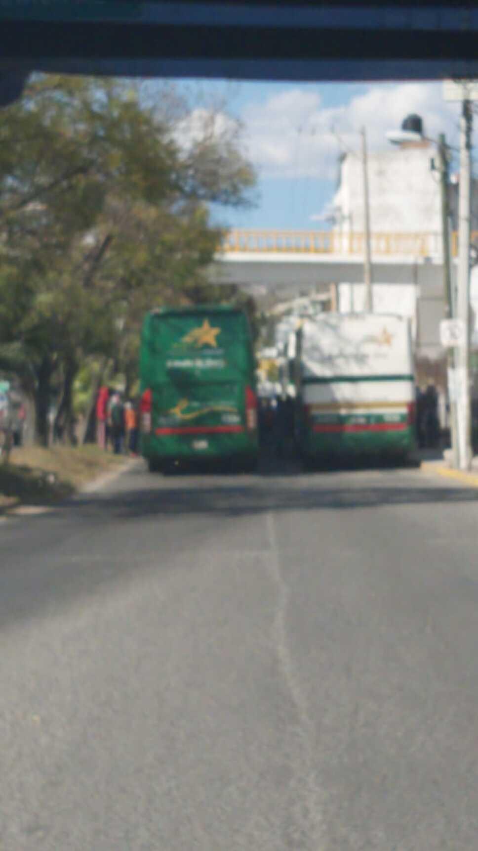 Secuestran autobuses en Chilpancingo, Guerrero