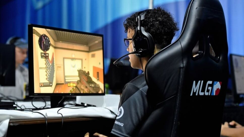Resultado de imagen para toque de queda videojuegos china
