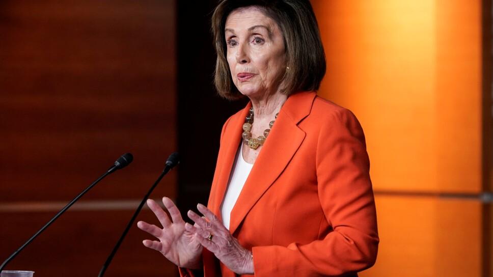 Foto de archivo de la presidenta de la Cámara de Representantes de EEUU, Nancy Pelosi, hablando en el Capitolio en Washington