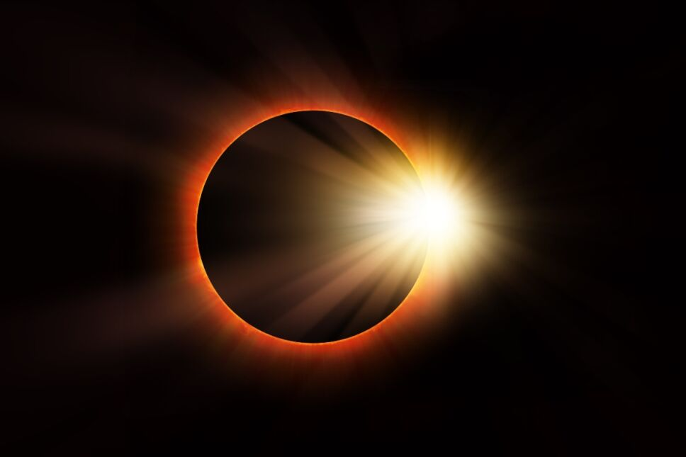 """¿Cómo y cuándo ver en México el eclipse solar, """"Anillo de Fuego""""?"""