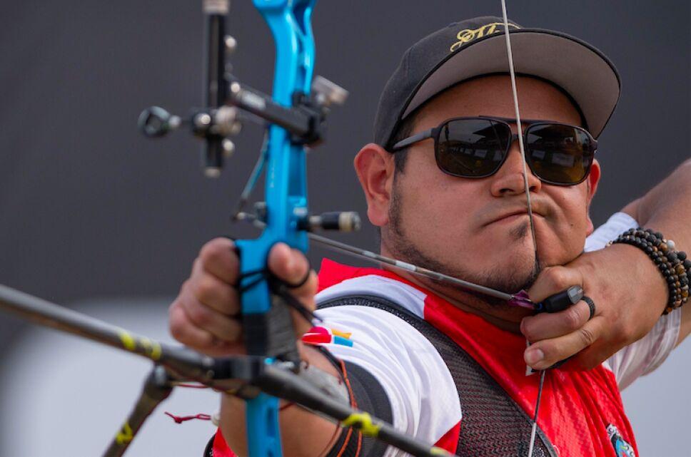 Luis Alvarez .jpg