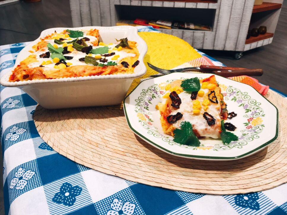 pastel azteca, cocineros mexicanos