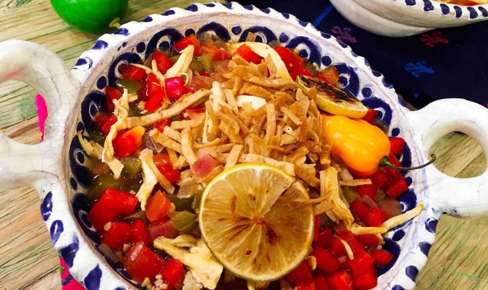 Receta Sopa de lima Cocineros Mexicanos