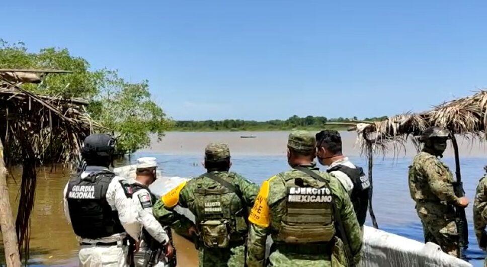 Hallan un submarino en Guerrero policías comunitarios de la UPOEG  (4).jpeg