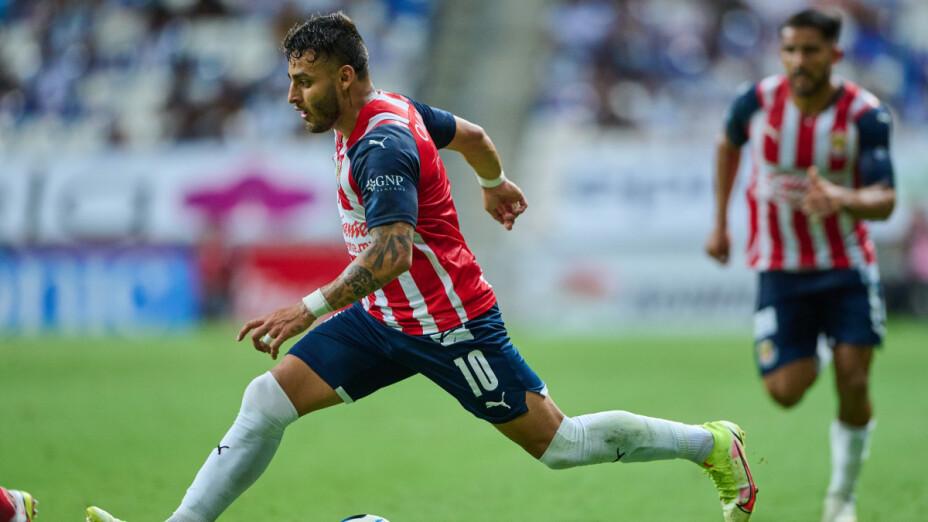 Alexis Vega desmiente a Chivas tras su lesión.png
