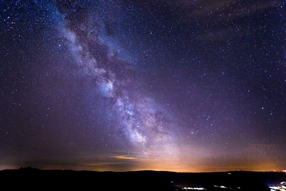 Señales, radio, Vía Láctea c.jpg