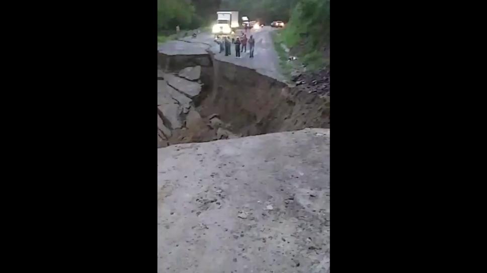 Fuertes lluvias dejan incomunicado a Honduras; paso a El Salvador y Guatemala está cerrado