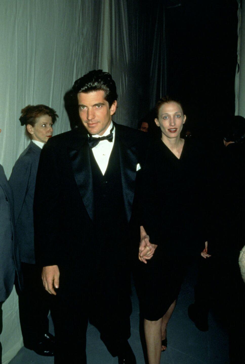 John F. Kennedy Jr. y Carolyn Bessette-Kennedy