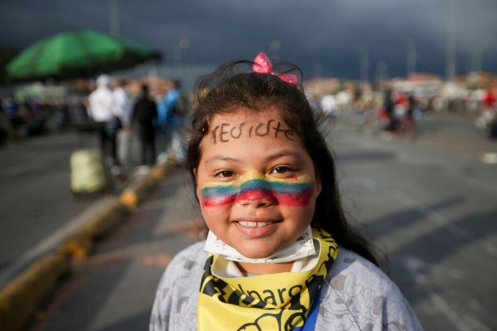 Suspenden protestas callejeras en Colombia.
