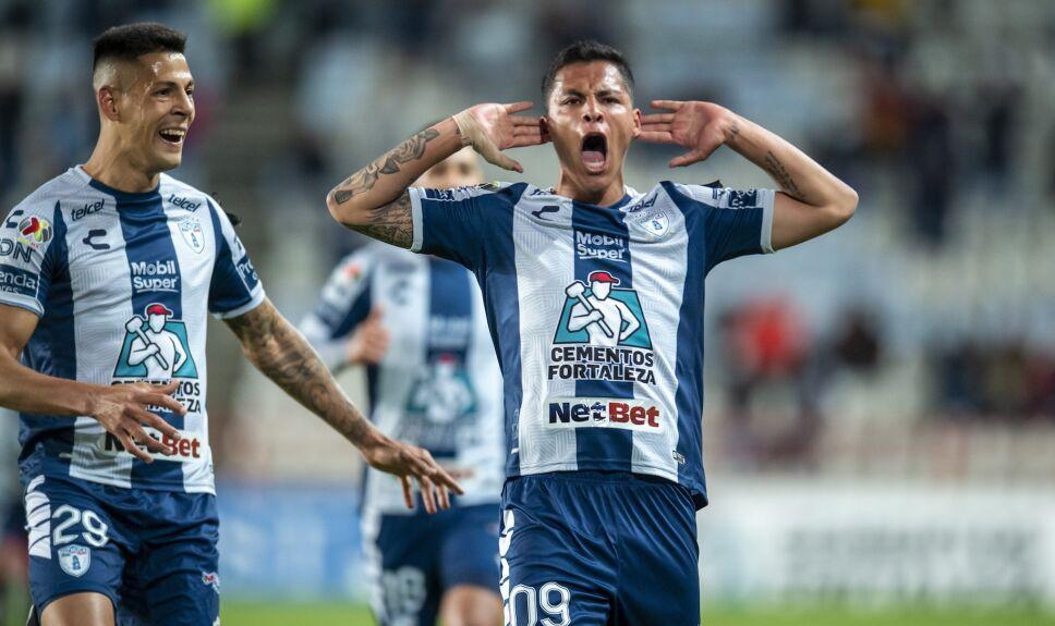 Roberto de la Rosa anota gol del triunfo para Pachuca ante los Tigres