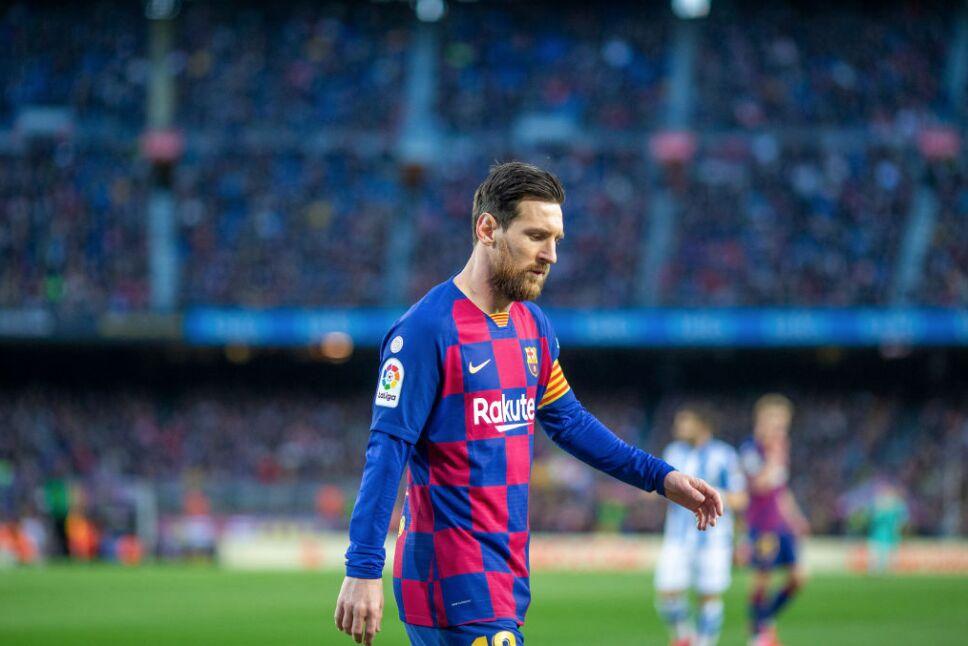 Lionel Messi baja su sueldo