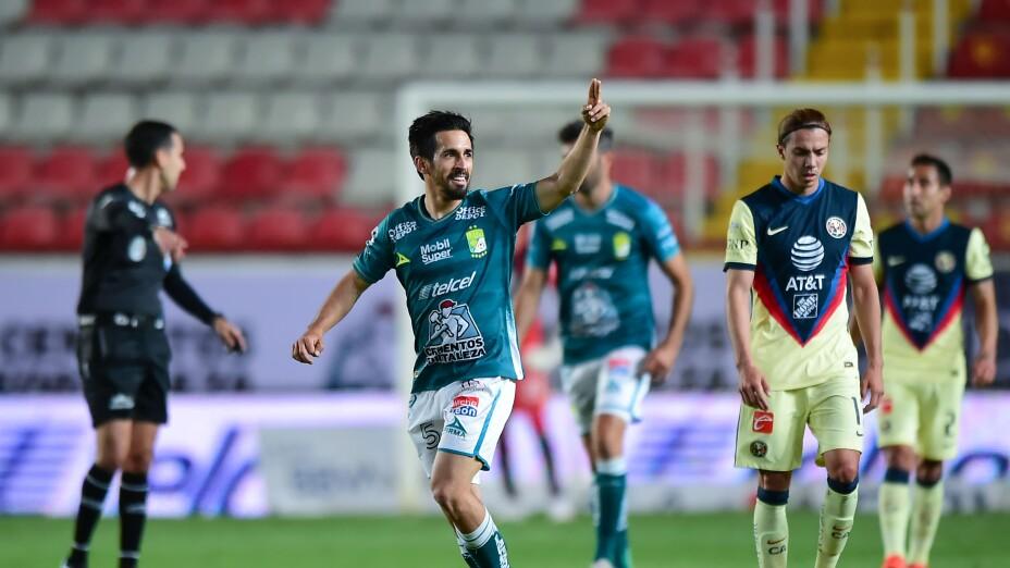 Fernando Navarro en el triunfo León vence al América
