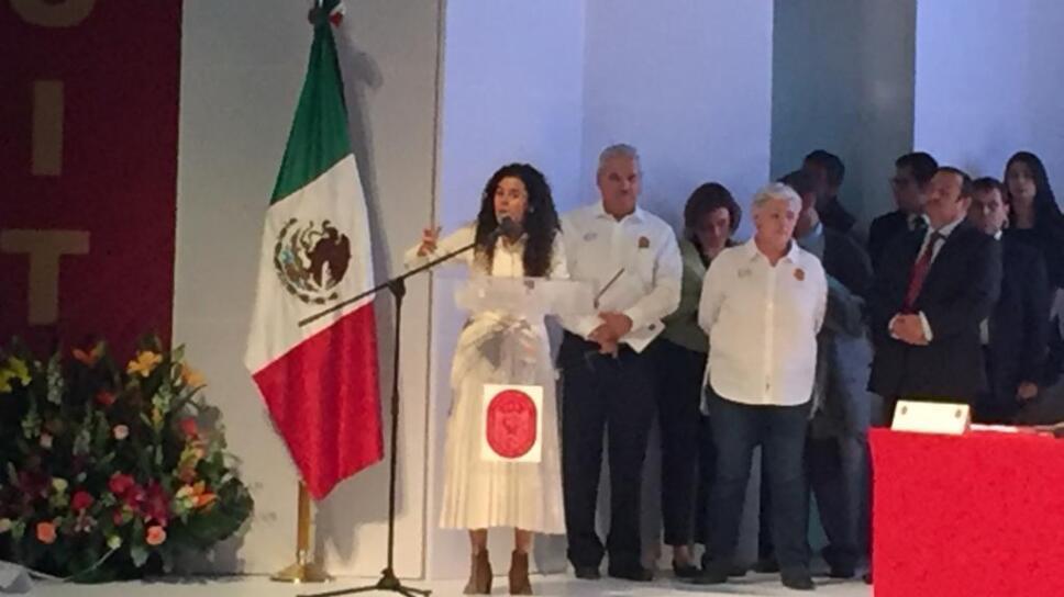 Luisa María Alcalde, Secretaria del Trabajo.jpg
