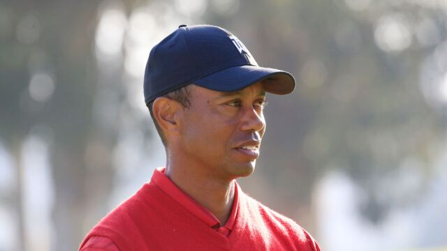 La noticia de que Tiger Woods ingresaría al Salón de la Fama del Golf Mundial se vio opacada por el coronavirus